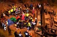 Cinco víctimas fatales dejan caída de minibús al rio Tinguiririca
