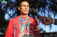 """Primer chileno en cruzar la meta de los 42K en """"Maratón de Santiago"""" se une al equipo municipal de Graneros"""