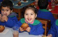 Niños de Integra disfrutaron de once de Starbucks
