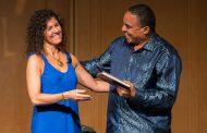 Destacada escritora chilena presentó libro y muestra fotográfica en Sun Monticello