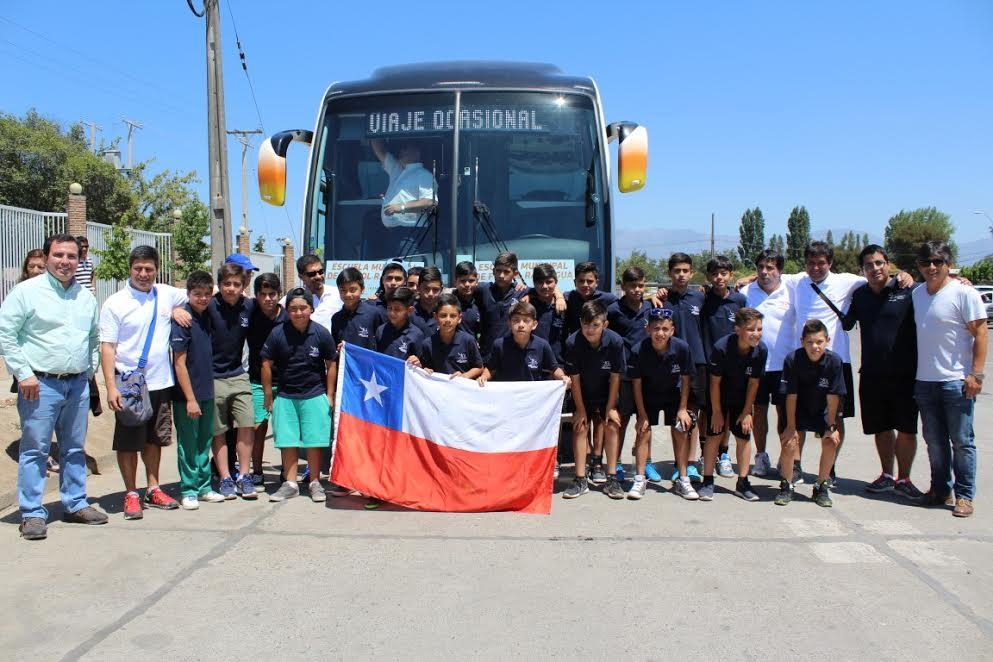 Delegación infantil representa a Rancagua en torneo de futbolito argentino