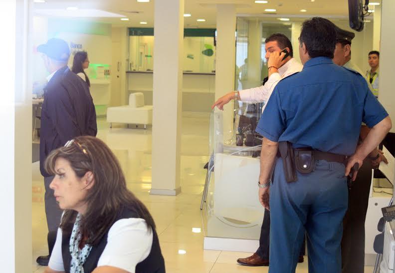 Tras mujeres fueron detenidos por robo en tienda Falabella de Rancagua