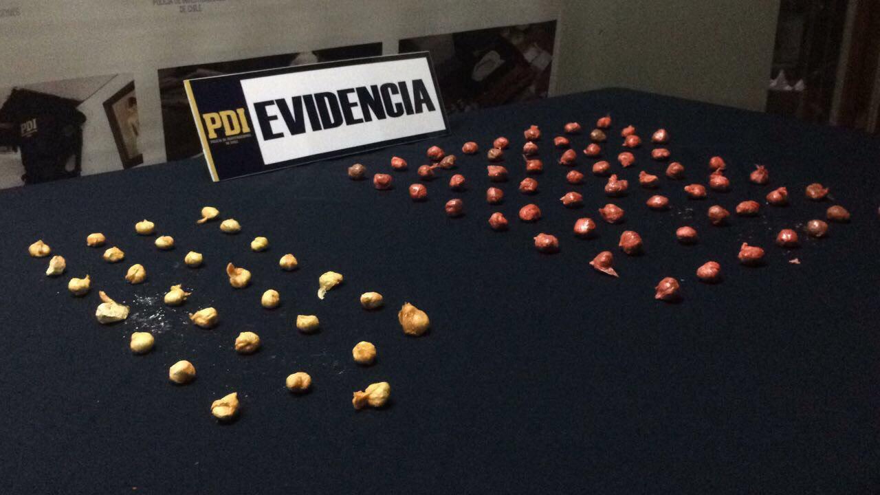 PDI detiene a pareja que intentó ingresar droga a la cárcel de Santa Cruz haciéndola pasar por suflés dulces