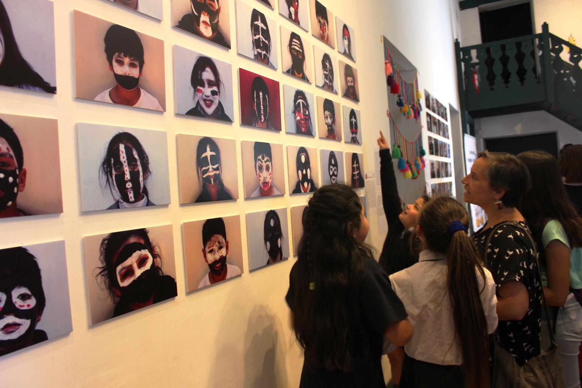 Niños de Graneros y Rengo aprenden sobre etnias originarias a través de distintas técnicas artísticas