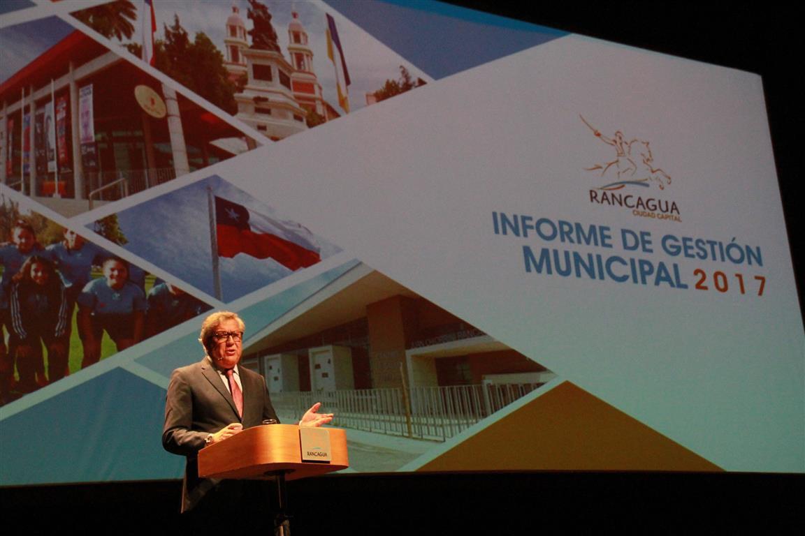 Alcalde Eduardo Soto expuso Informe de Gestión Municipal del año 2017
