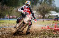 Benjamín Herrera se impone en penúltima fecha del Moto FIM Enduro en Pichilemu