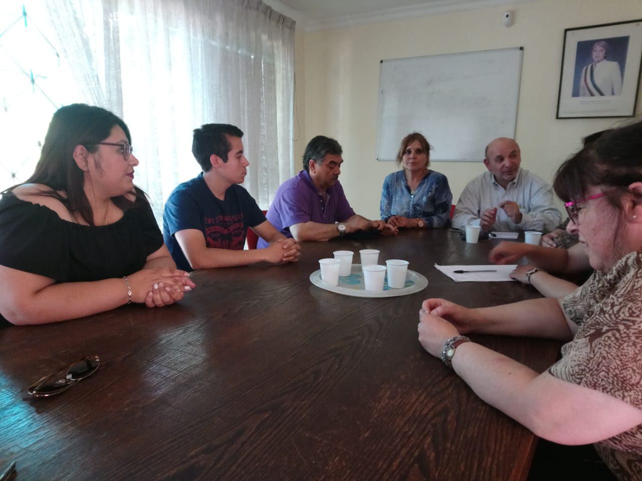 Liceo de Machalí: Profesores acusan desvinculaciones por motivos políticos