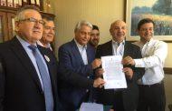 Diputado Juan Luis Castro presenta proyecto de ley para crear farmacias estatales