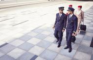 Fly Emirates vuelve a buscar tripulantes de cabina en Chile