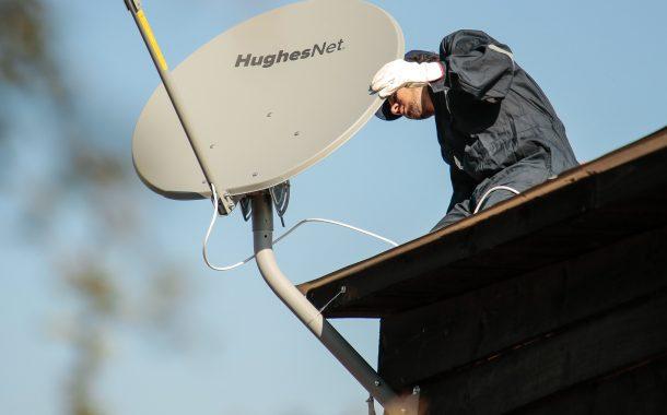 Hughes anuncia su servicio Internet satelital y designa a su director comercial en Chile