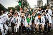 Violenta detención a universitarios que brindaban primeros auxilios en manifestaciones