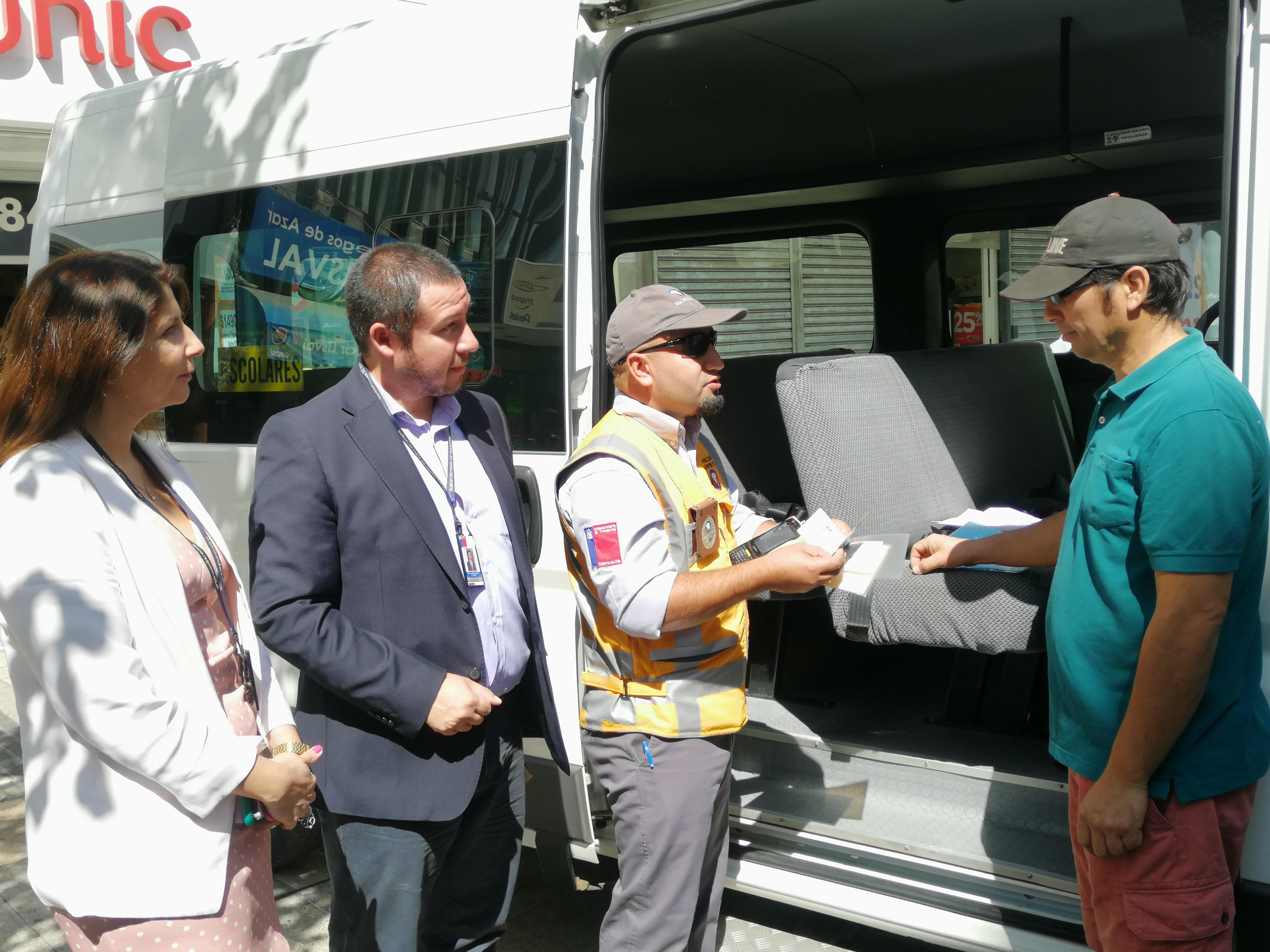 Reinventarse: Transportistas Escolares podrán prestar otros servicios