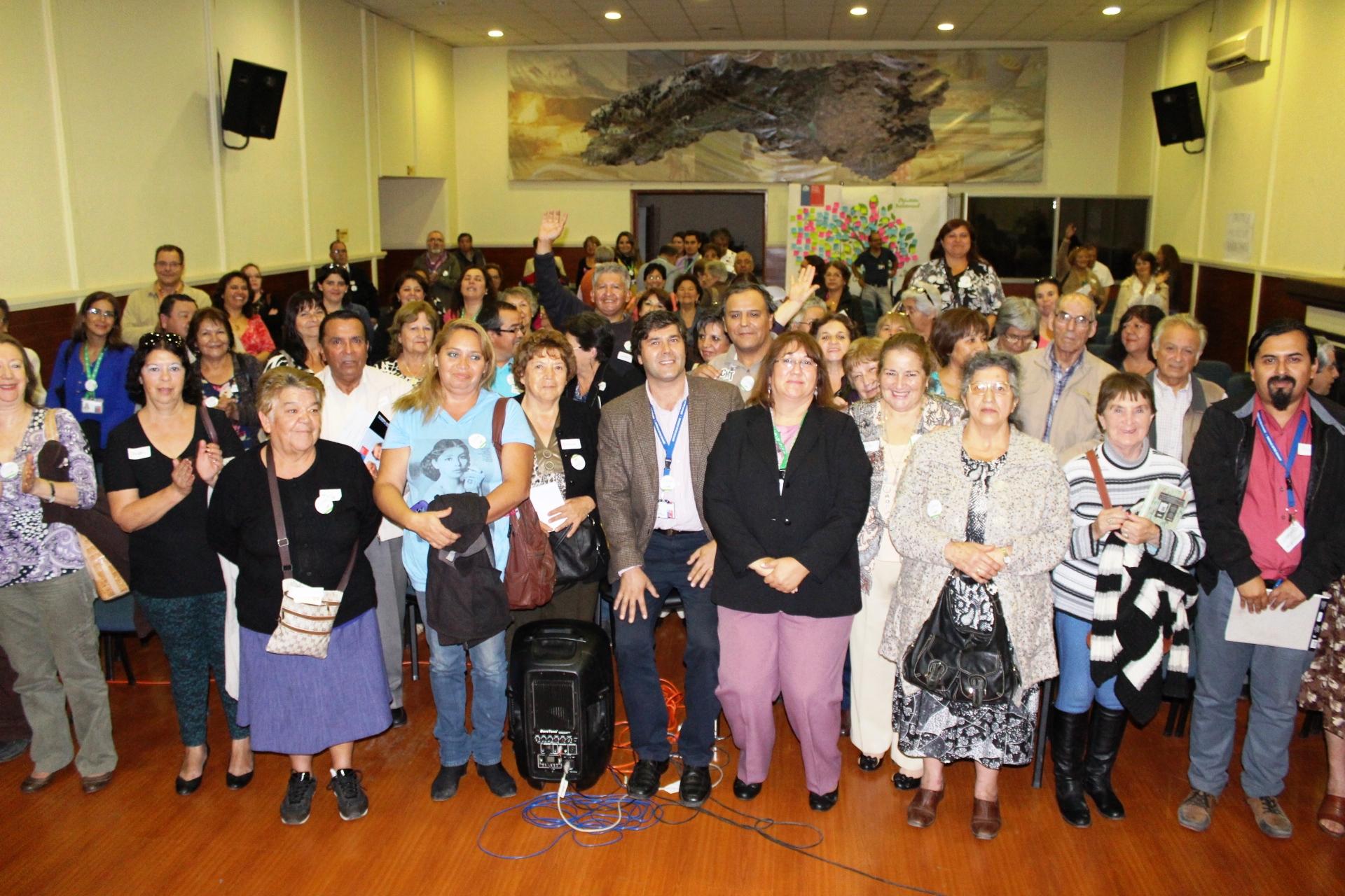 Más de cien dirigentes sociales dialogan y proponen ideas sobre nuevo Hospital Regional Rancagua