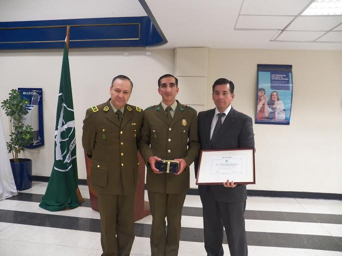 Banco Chile entrega premio a destacado Carabinero de Rancagua
