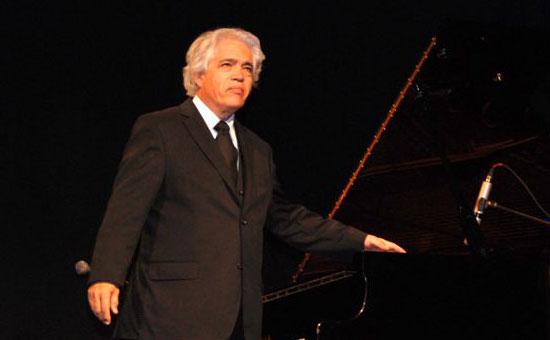 Roberto Bravo presentará en Teatro Regional Rancagua su nuevo disco de boleros