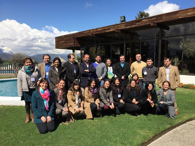 Vecinos exponen sus proyectos para Creciendo Juntos de Pacific Hydro