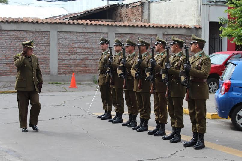 Nuevo Jefe de Zona de Carabineros se reunió con el personal de la Región