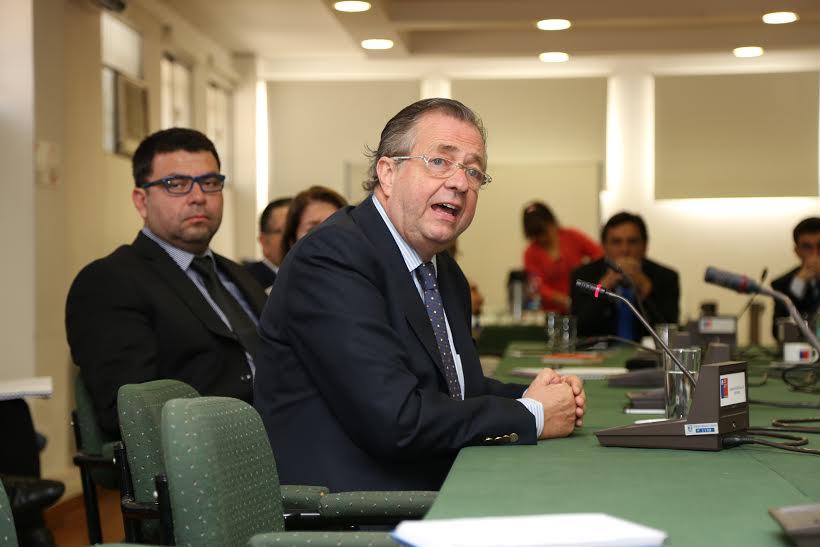 Rector de Universidad de O´Higgins expone avances al Gabinete Regional