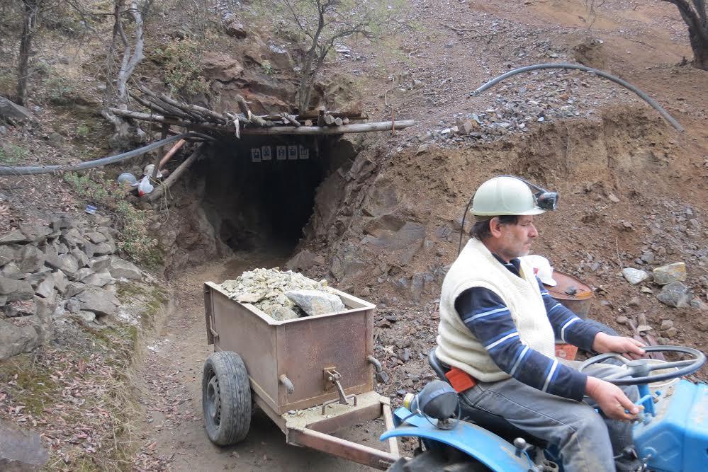 Con Fondo Concursable celebran Mes de la Minería