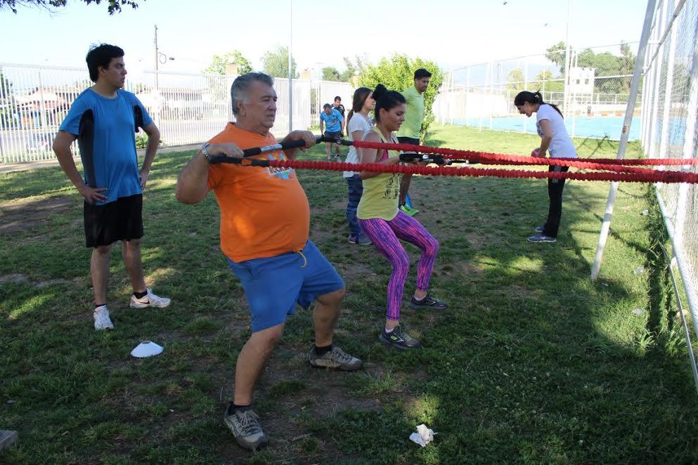 Rancagüinos mejoran su salud con entrenamiento funcional