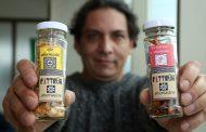 Emprendedores llevan el nostálgico sabor ahumado a la mesa chilena en formato sustentable
