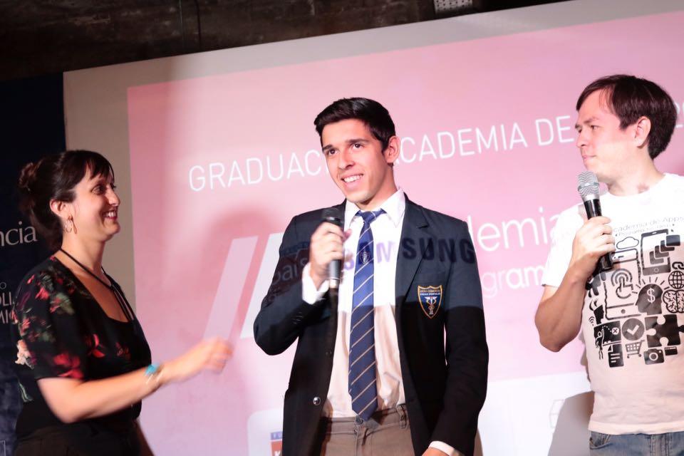 Alumnos del liceo Diego Portales de Rancagua se convierten en la primera generación de   Programadores de Aplicaciones Móviles del país