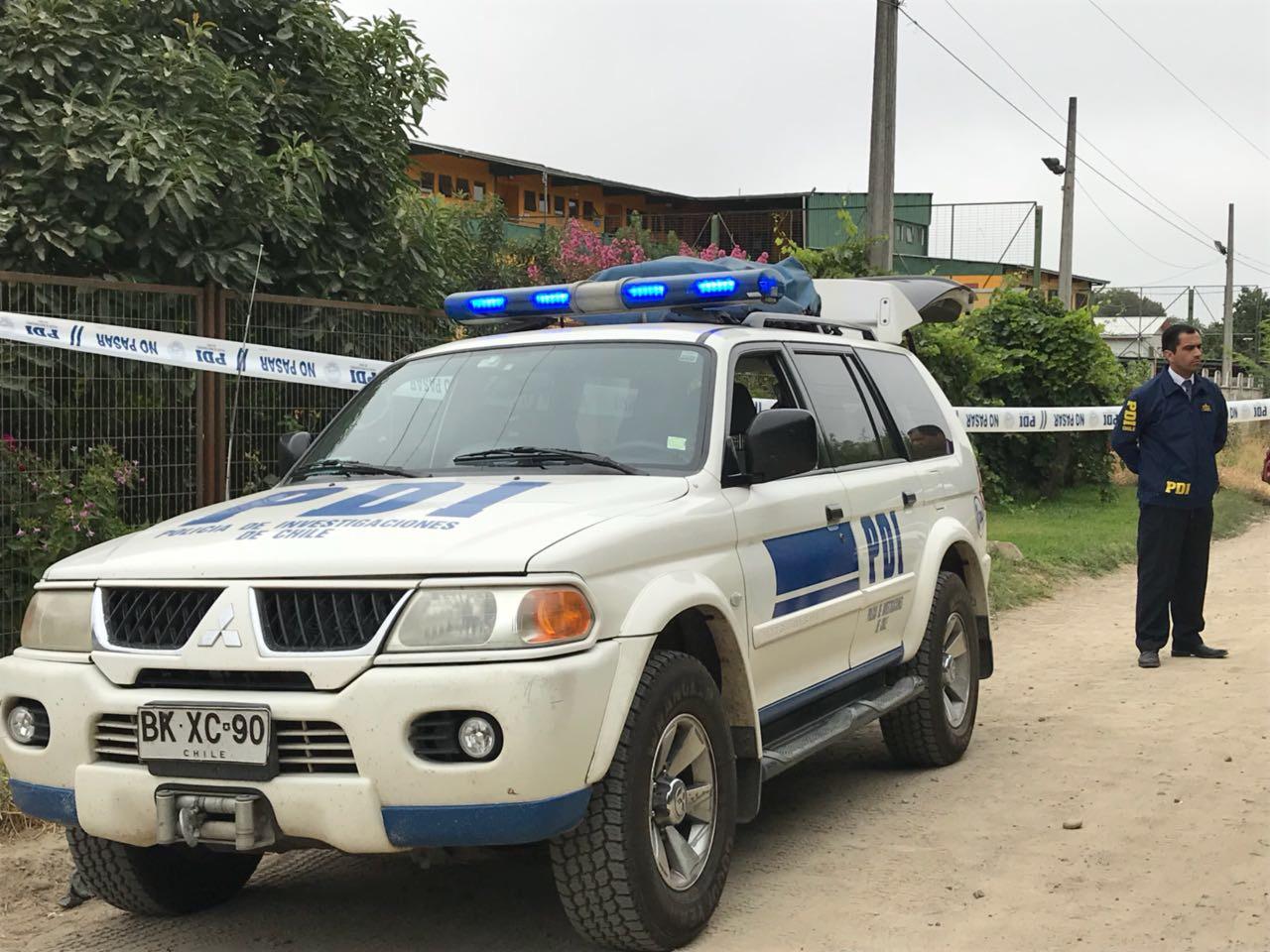 Homicidio en San Vicente: Encuentran muerta a mujer en cercanías de colegio y la PDI no descarta ataque sexual