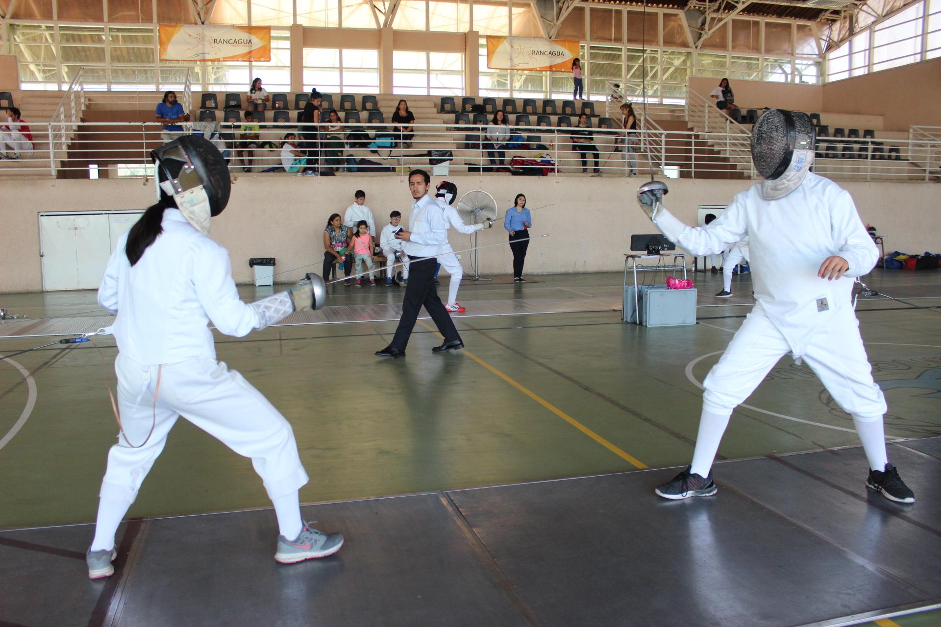Primer Torneo Regional de Esgrima se llevó a cabo en Rancagua