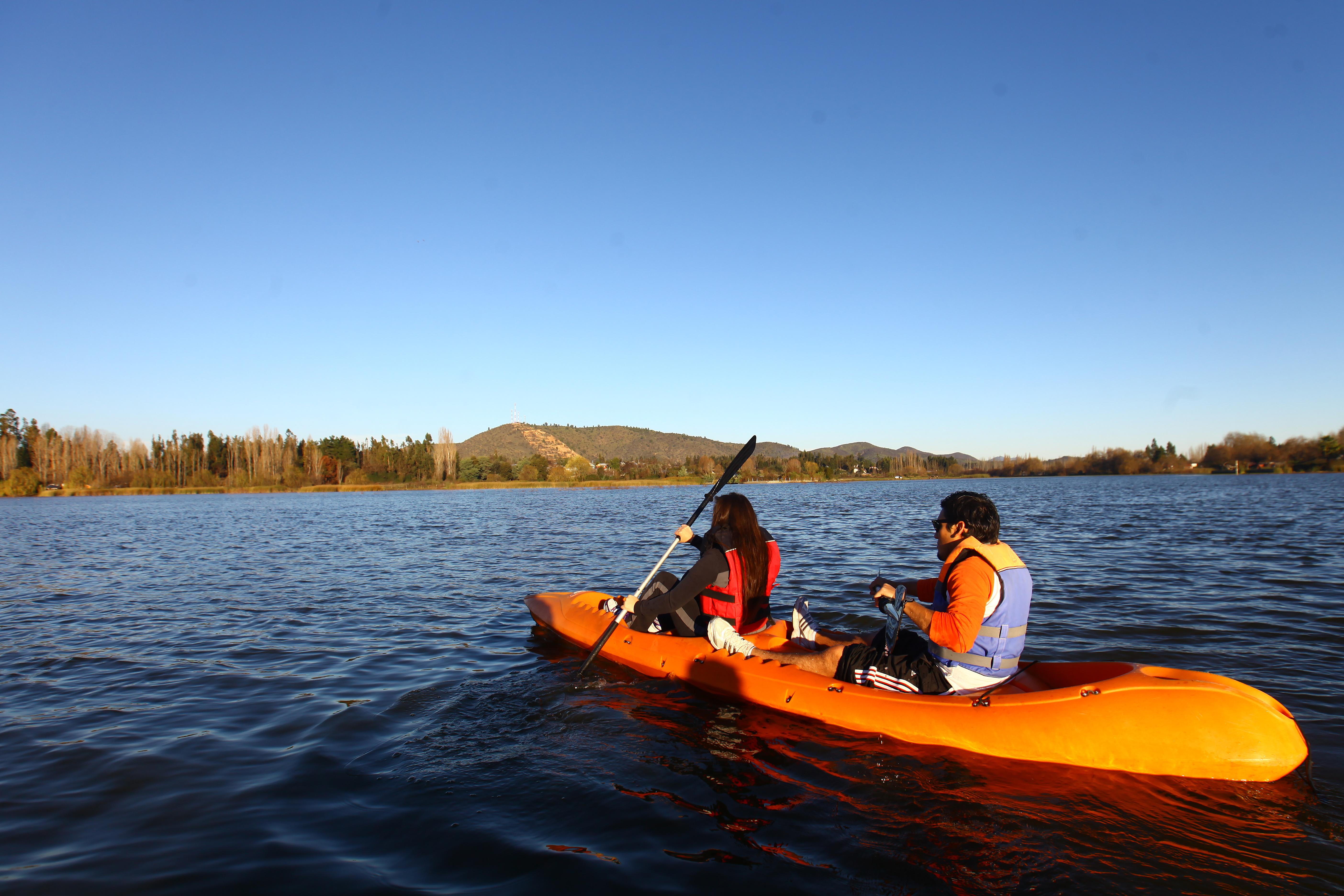 Lago Rapel: Invita a disfrutar deportes náuticos y complacerse con la naturaleza estas vacaciones