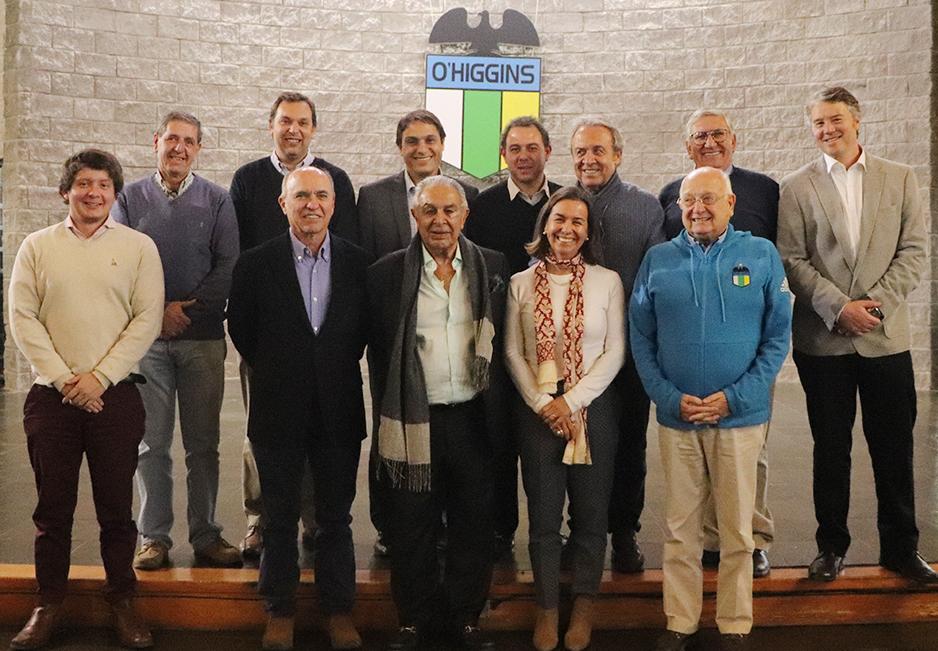Empresarios Regionales interesados en invertir en O'Higgins visitan el Monasterio Celeste