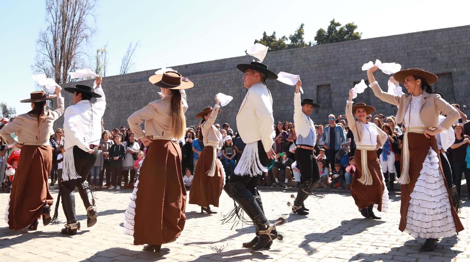 Día del Vino: Viña Santa Rita abre sus bodegas y ofrece tours sin costo a la comunidad