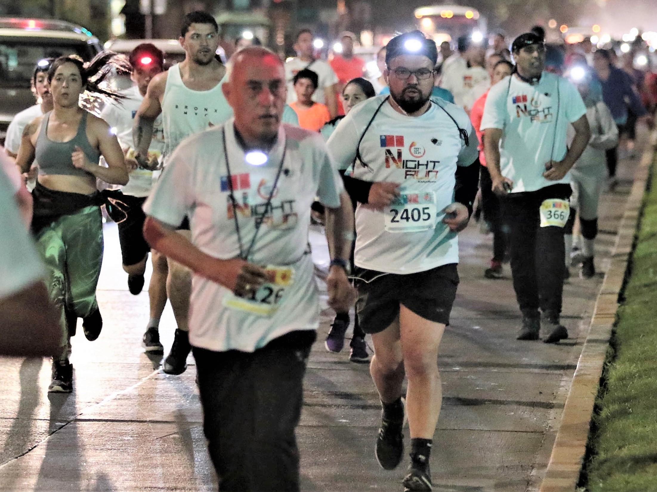 Todos a correr de noche por las calles de Rancagua