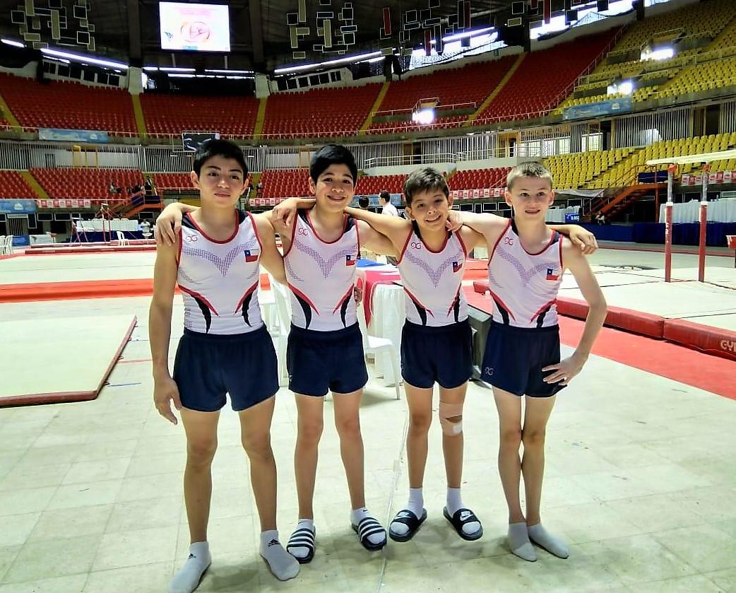 Gran actuación de gimnastas santacruzanos en sudamericano de Colombia