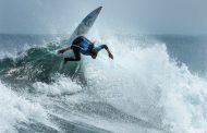 Surfista chilena es candidata a ganar el Mundial Femenino en Punta de Lobos