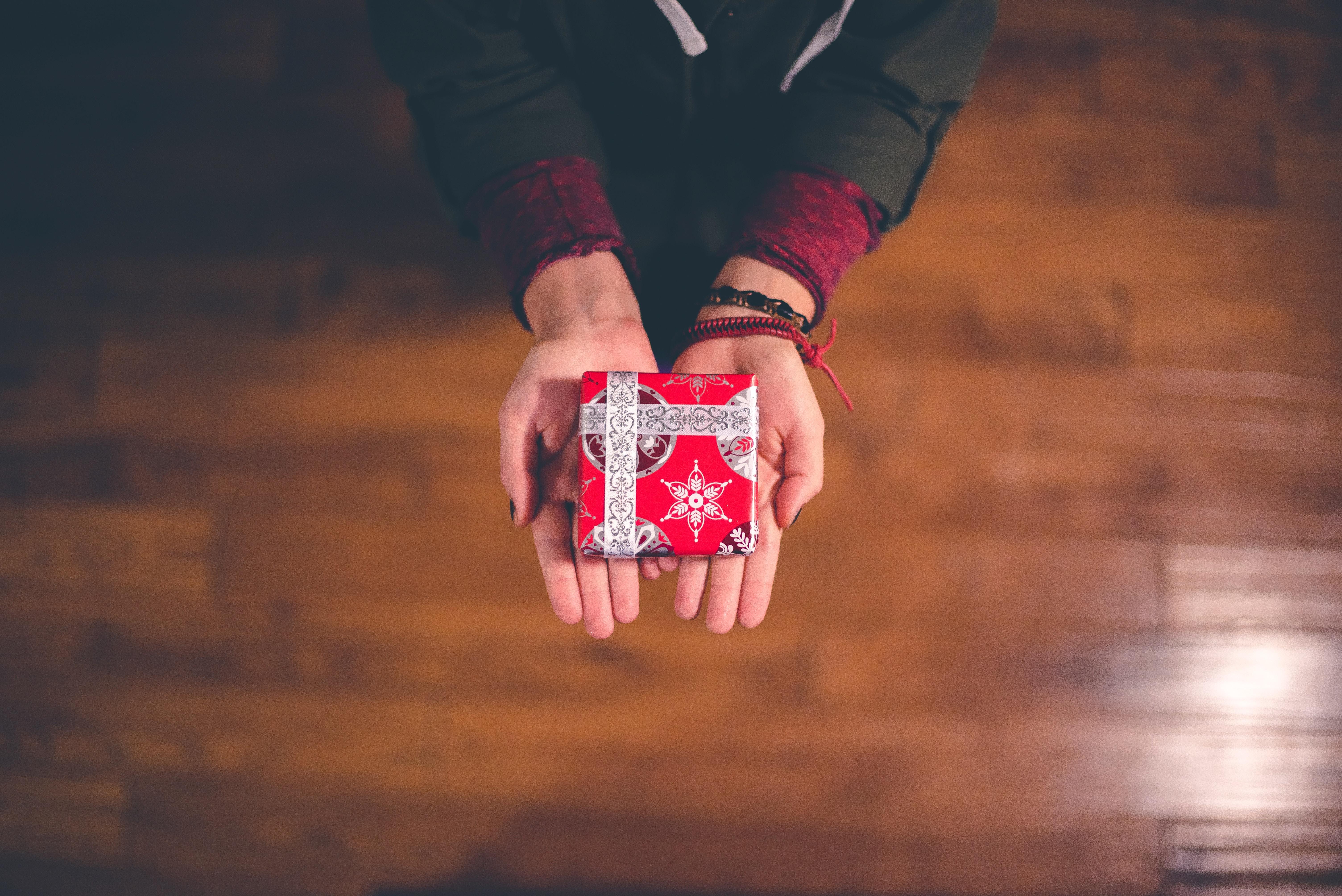Encuentra tu regalo del Amigo Secreto por menos de 5 mil pesos