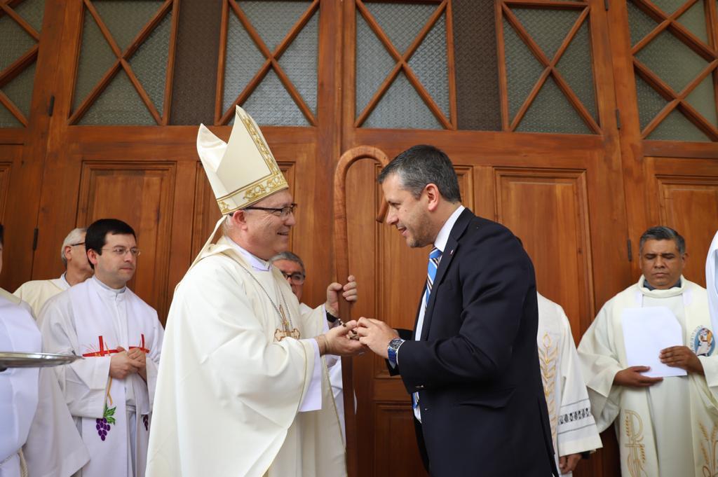 Tras restauración: Vuelve a abrir sus puertas la Iglesia San Fernando Rey