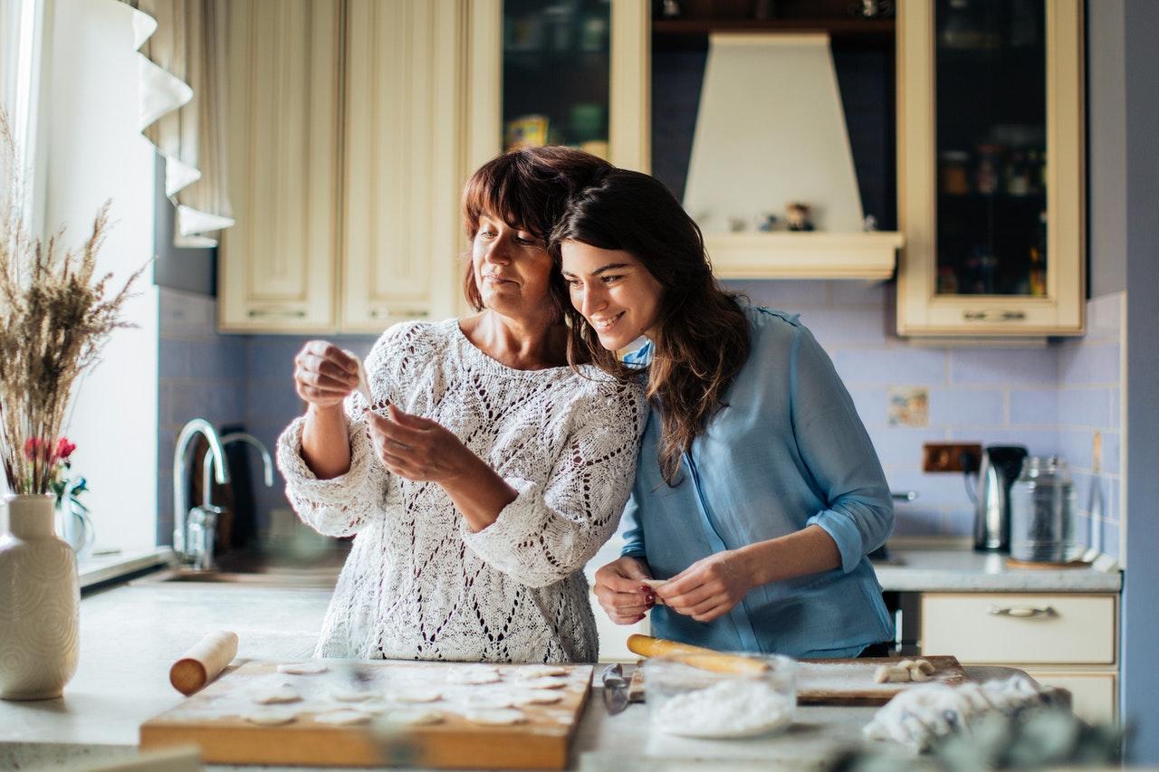 Ideas creativas para celebrar a tu mamá desde casa