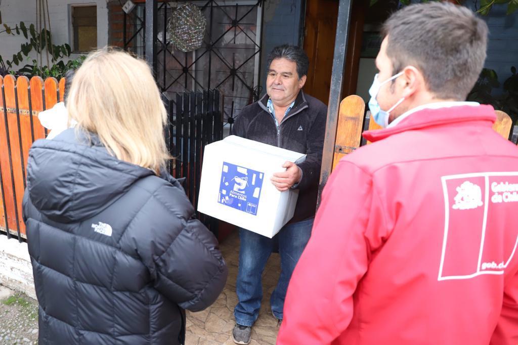 Alimentos para Chile: Intendenta Cofré inicia entrega de cajas de alimentos en Nancagua
