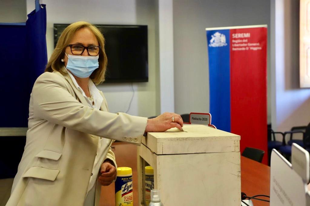 Intendenta Cofré y Seremi de Gobierno presentan medidas para el plebiscito e invitan a la ciudadanía a participar