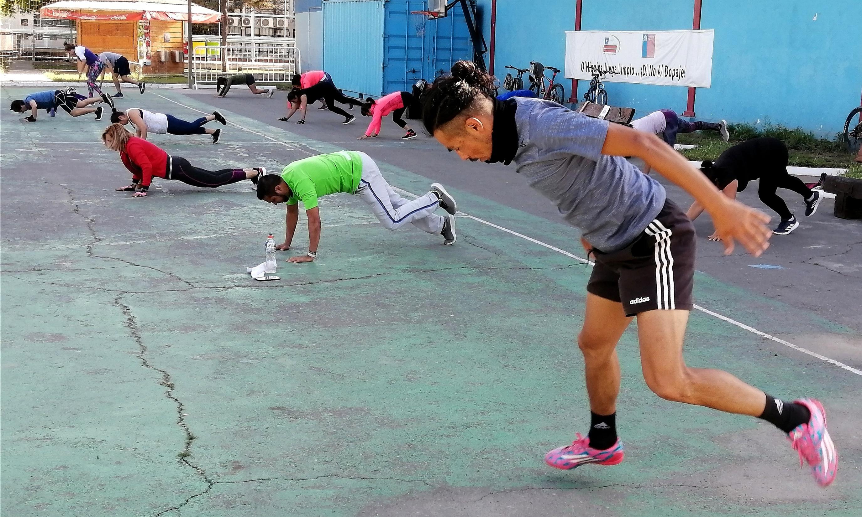 Regresa paulatinamente el deporte al Complejo Hermógenes Lizana