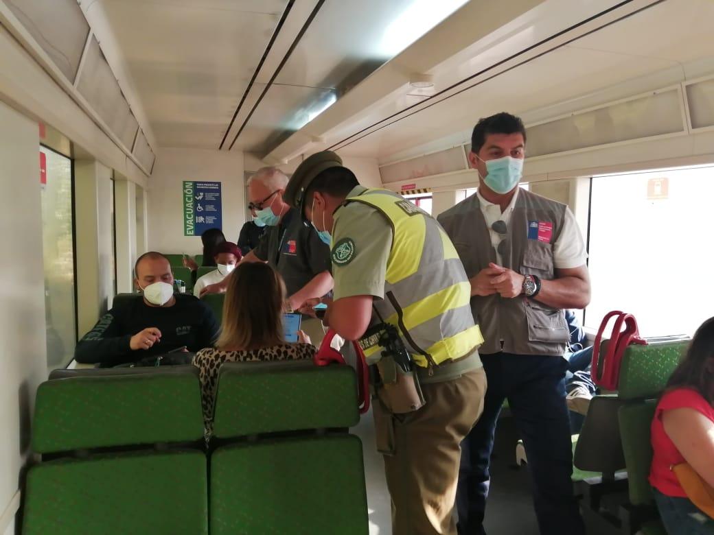 Covid-19: Fiscalizan a personas que viajan desde Santiago a Rancagua