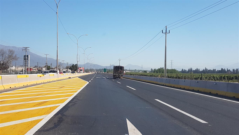 Alcalde y Seremi de OOPP dan inicio a funcionamiento de tercera pista el Shopping Punta del Sol