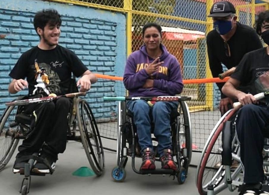 El deporte es participación e inclusión:Taller de tenis para personas en situación de discapacidad