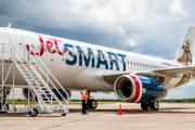 JetSMART inicia certificación para operar vuelos nacionales en Perú