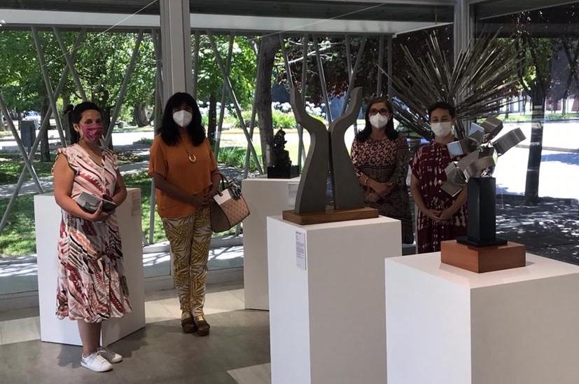Autoridades de la Universidad de O'Higgins visitan espacios culturales de la UTalca considerados referentes a nivel nacional