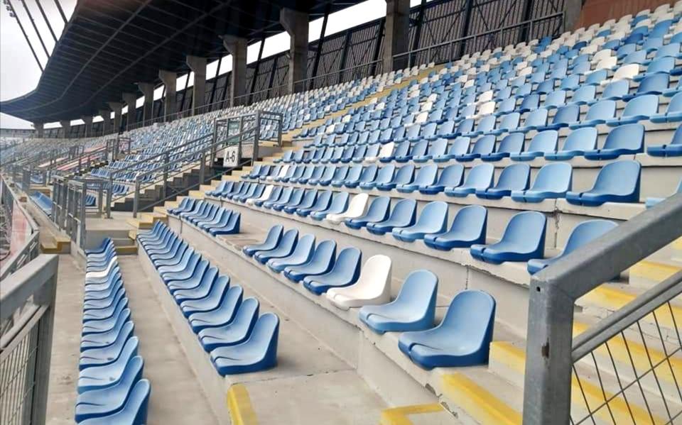 Autoridades revisan protocolos para regreso del público a los estadios