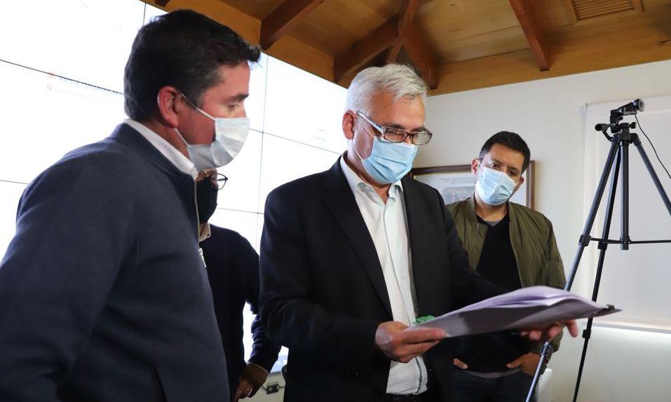 Gobernador Regional prioriza proyecto para apoyar y fortalecer la labor de Salud frente al Covid-19